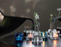イッタラ キビの魅力は色の綺麗さとバリエーションにある。スコープ別注のキビも含め、豊富なカラーから選べる。色が増えれば増えるほど、そのガラスの塊は綺麗さを増していくのだから、Kivi集めはやめられなくなってしまう。 Kosta Boda, Floor Mirror, Pretty Lights, Marimekko, Vintage Pottery, Shoe Storage, Scandinavian Design, House Colors, Home Deco