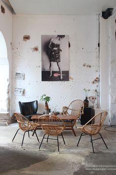 decorating-with-rattan-boho-chic-look-softens-mid-century-modern-2.jpg 640×960 ピクセル