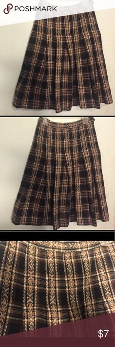 BukSuk brown patterned skirt BukSuk brown patterned skirt size S BukSuk Skirts Midi