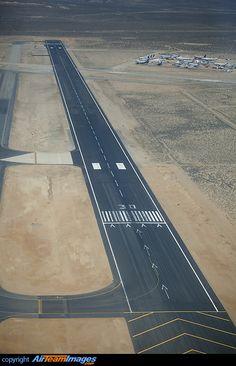 airport runway - Mojafe