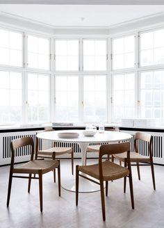 urbnite — Moller Model 71 Side Chair  Saarinen Oval Dining...