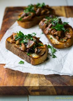 Roasted Mushroom Crostini with Wine and Herbs via LittleFerraroKitchen.com by FerraroKitchen1, via Flickr