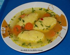 Supa de pasare cu galuste - Bunătăți din bucătăria Gicuței Romanian Food, Romanian Recipes, Carnitas, Sorbet, Panna Cotta, Curry, Goodies, Food And Drink, Eggs
