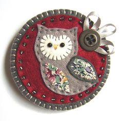 felt owl - reminds me of Erin & Grannie :)