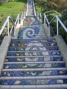 love this mosaic staircase