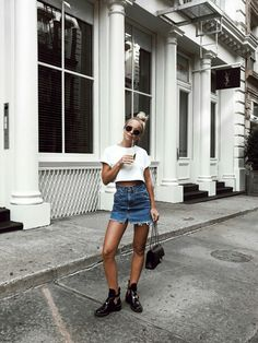 Denim Skirt And A Cropped Top (Victoria Törnegren) Style Outfits, Skirt Outfits, Trendy Outfits, Summer Outfits, Cute Outfits, Fashion Outfits, Fashion Mode, Fashion Killa, Look Fashion