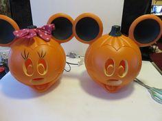 2 Minnnie & Mickey Mouse Light Up Pumpkins Jack-O-Lanterns Indoor/Outdoor New