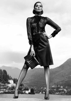 Salvatore Ferragamo defines what style is in the flawless Fall Winter campaign pairing up the young supermodels Daria Werbowy and Mathias Lauridsen photographed by Mikael Jansson. Daria Werbowy, Mode Editorials, Fashion Editorials, Fashion Poses, Vogue Fashion, Fashion Art, Fashion Design, White Fashion, Leather Fashion
