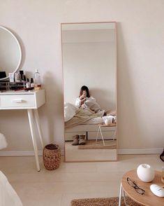 Room Design Bedroom, Room Ideas Bedroom, Home Room Design, Study Room Decor, Bedroom Modern, Trendy Bedroom, Minimalist Room, Minimalist Design, Aesthetic Room Decor