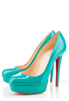 2 things I love: 1) turquoise 2) shoes with a eye catching sole color.