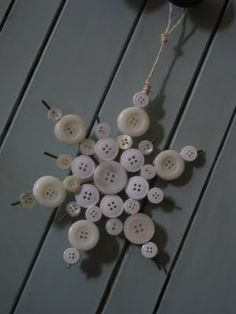 Snowflakes - clipped coat hanger and hot glue. NICE. !