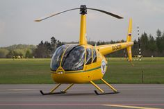 Śmigłowiec Robinson #R44   #helicopter #Gdansk #airport