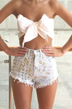 short rip jeen | GOLD STUDDED CUT DISTRESSED SHORTS!
