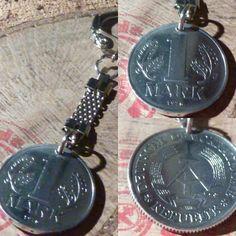 Herrliche Schlüelanhänger aus DDR Münzen gibt es bei www.muenzenringe.de Pocket Watch, Charms, Watches, Accessories, Shop, Handmade Rings, Unique Jewelry, Nostalgia, Creative