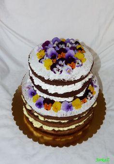 naked cake with edible fresh flowers - nahá torta s jedlými živými kvetmi