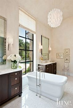 Bathroom Interior Architecture Luxury Contemporary White Bathroom with Ribbon Pendant Light Luxe Contemporary White Bathrooms, Modern Bathroom Design, Bath Design, Bathroom Interior, Bathroom Designs, Modern Design, Contemporary Interior, Bathroom Photos, Small Bathroom