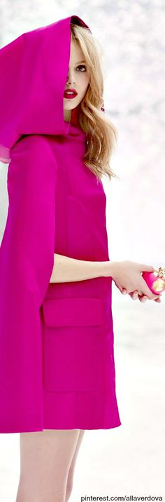 Frida Gustavsson in hot pink cape coat Frida Gustavsson, Fashion Mode, Moda Fashion, Pink Fashion, Magenta, Red Purple, Pink Love, Pretty In Pink, Bright Pink