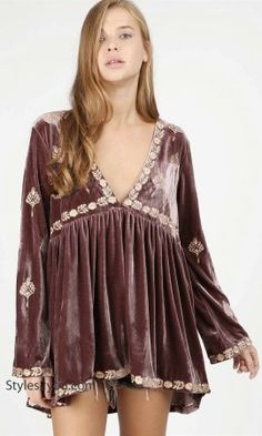 544cef4ce7c189 Minot Oversized V Neck Velvet Top With Embroidery In Cocoa