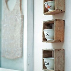 make boxes to display teacups in