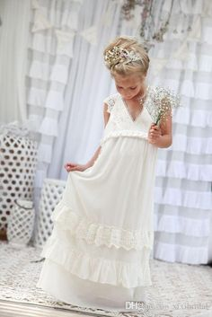 Romantic 2016 New Arrival Boho Flower Girl Dresses For Weddings Cheap V Neck…