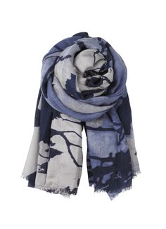 E-Moonlight Scarf (mouse) http://www.becksondergaard.com/shop/woman/e-moonlight-scarf