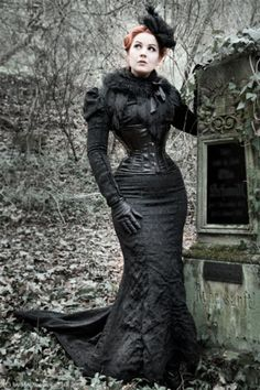 02cd2aca006 Steampunk Neo-Victorian Mourning Dress (black brocade fishtail skirt with  train