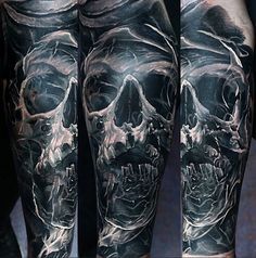 Lithuania's Domantas Parvainis tattooed this haunting sleeve.