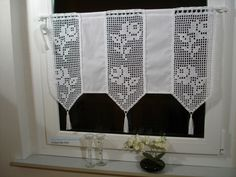 Curtain with crochet inserts Rosalie Chrochet, Crochet Lace, Crochet Patterns Filet, Fillet Crochet, Crochet Curtains, Window Dressings, Kitchen Curtains, Handmade, Inspiration