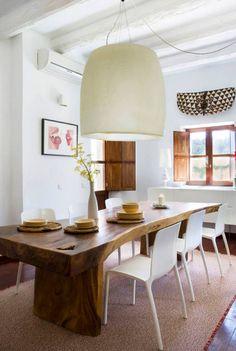 preciosa mesa de comedor de madera sin tratar