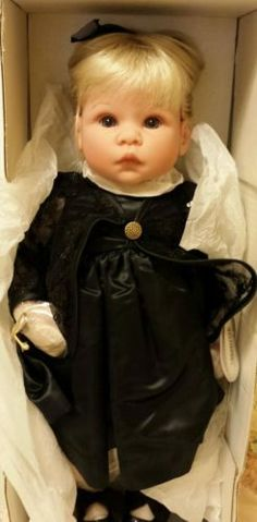 Little Sisters-Sarah Lee Middleton Doll