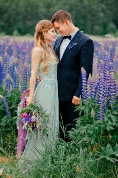 Love the flower colors and non-white dress. While this photoshoot is of a vow renewal, I really like the colors and feel for our wedding.