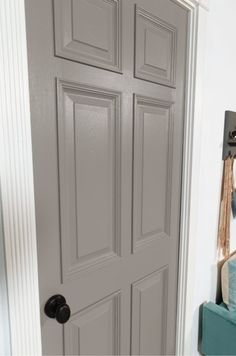 This article centralized country style home decor kitchen Interior Door Colors, Grey Interior Doors, Interior Paint Colors For Living Room, Painted Interior Doors, Grey Doors, Paint Colors For Home, Painted Doors, House Colors, Wood Door Paint