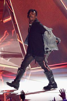 Lil Uzi Vert Performs at 2017 VMAs Wearing Amiri Jacket and Balenciaga Boots | UpscaleHype