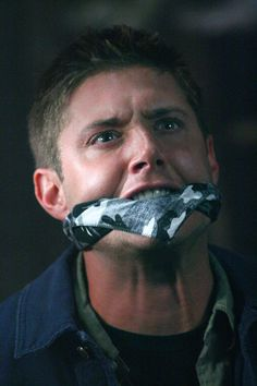 "Jensen Ackles as Dean Winchester - Supernatural - - 2x10 ""Hunted"""