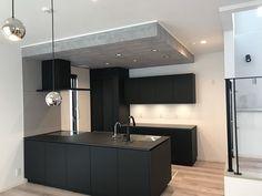 Japanese Style House, Home Renovation, Room Inspiration, House Plans, Room Decor, House Design, Ceiling Lights, Living Room, Interior Design