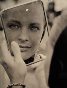 Miroir , miroir ....