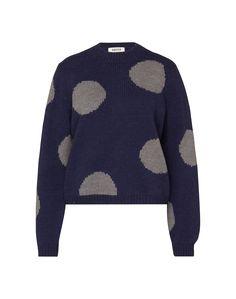 Strickpullover mit großen Punkten von Edited the Label @aboutyoude. Der locker geschnittene Pullover hat Rippenbündchen am Stehkragen, dem Saum und den Ärmelabschlüssen und besteht aus einem wärmenden Wollmix mit Alpaka-Anteil.