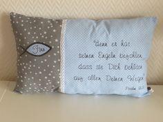 Süße Träume sind mit diesem Kissen garantiert! Es ist ein wunderschönes Geschenk zur Taufe und eine bleibende Erinnerung an einen einzigartigen Tag! Das Kissen wird mit dem Namen des Kindes in...