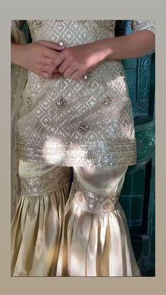 🌺 Buy Designer Punjabi suits online in the latest style trending in 2021 👉 CALL US : + 91-86991- 01094 / +91-7626902441 or Whatsapp --------------------------------------------------- #punjabisuits #punjabisuitsboutique #punjabisuitswag #punjabisuit #designersuits #shararasuit #sharara #shararaset #shararadesign #torontowedding #canada #uk #usa #australia #italy #singapore #newzealand #germany #punjabiwedding #maharanidesignerboutique #canadawedding