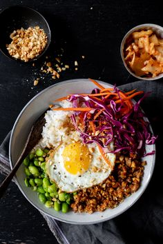 Settle into the Winter Olympics with the dish of Korea, Bibimbap. Recipe link in bio. Egg Recipes, Quick Recipes, Asian Recipes, Cooking Recipes, Ethnic Recipes, Healthy Cooking, Healthy Snacks, Healthy Recipes, Ceviche