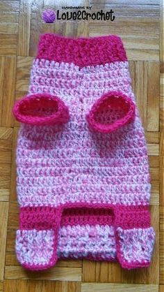 Crochet Small Dog Sweater free pattern. Also has other pet toys and accessories. 01-12-18