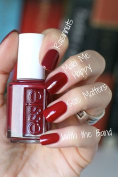 This year I've really figured out my absolute favourite nail polish colours to w. - This year I've really figured out my absolute favourite nail polish colours to wear. Essie Nail Polish, Nail Polish Colors, Gel Nails, Manicures, Gel Polish, Essie Colors, Nail Polishes, Cute Nails, Pretty Nails