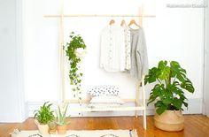 DIY : Fabriquer un portemanteau en bois Decor, Furniture, Room, Deco, Home Decor, Hanging, Rack, Wardrobe Rack