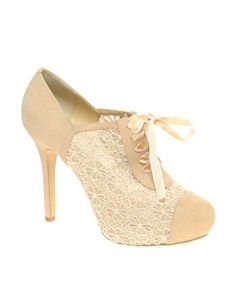 love love LOVE these shoes