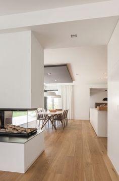 BDA + Innenarchitekten, Neumarkt: Neubau WH D Mittelfranken House Inspiration, House Styles, House Design, Home And Living, Living Room Designs, New Homes, Home Decor, House Interior, Home Deco