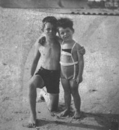Old memories of Hyannis Port: The youngest Kennedy brothers Robert Francis 'Bobby'Kennedy (1925-1968) and Edward Moore'Ted'Kennedy (1932-2009).