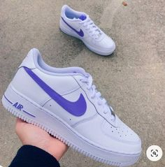 Nike Shoes Air Force, Nike Air Force Ones, Airmax Thea, Nike Shoes Outfits, Aesthetic Shoes, Fresh Shoes, Hype Shoes, Custom Shoes, New Balance