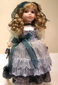 """Boneca De Porcelana Grife """"The Leonardo Collection"""". #185-B (VENDIDO)"""