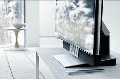 ♯BeoVisionAvant offre un diffusore centrale dedicato per migliorare l'esperienza visiva con una straordinaria chiarezza del parlato.  Scopri di più sul www.bang-olufsen.com/picture/beovision-avant/sound