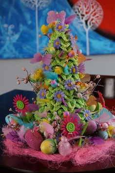 Crochet Easter / Spring Topiary Tree, Free Pattern